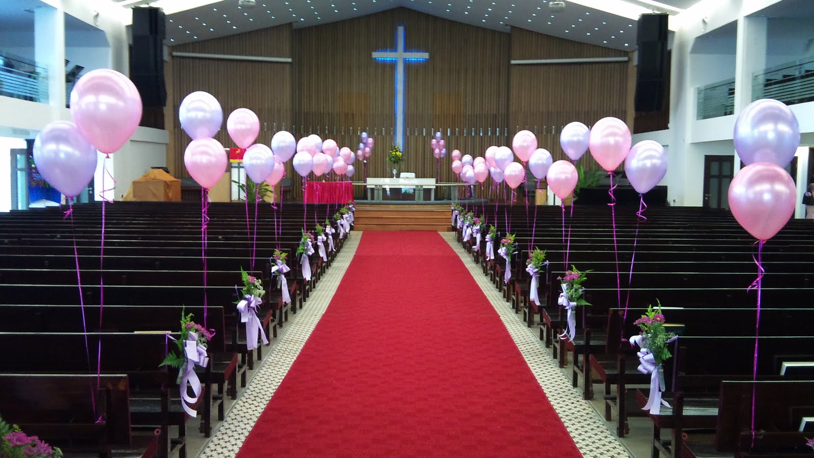 Bažnyčios puošimas vestuvėms balionais