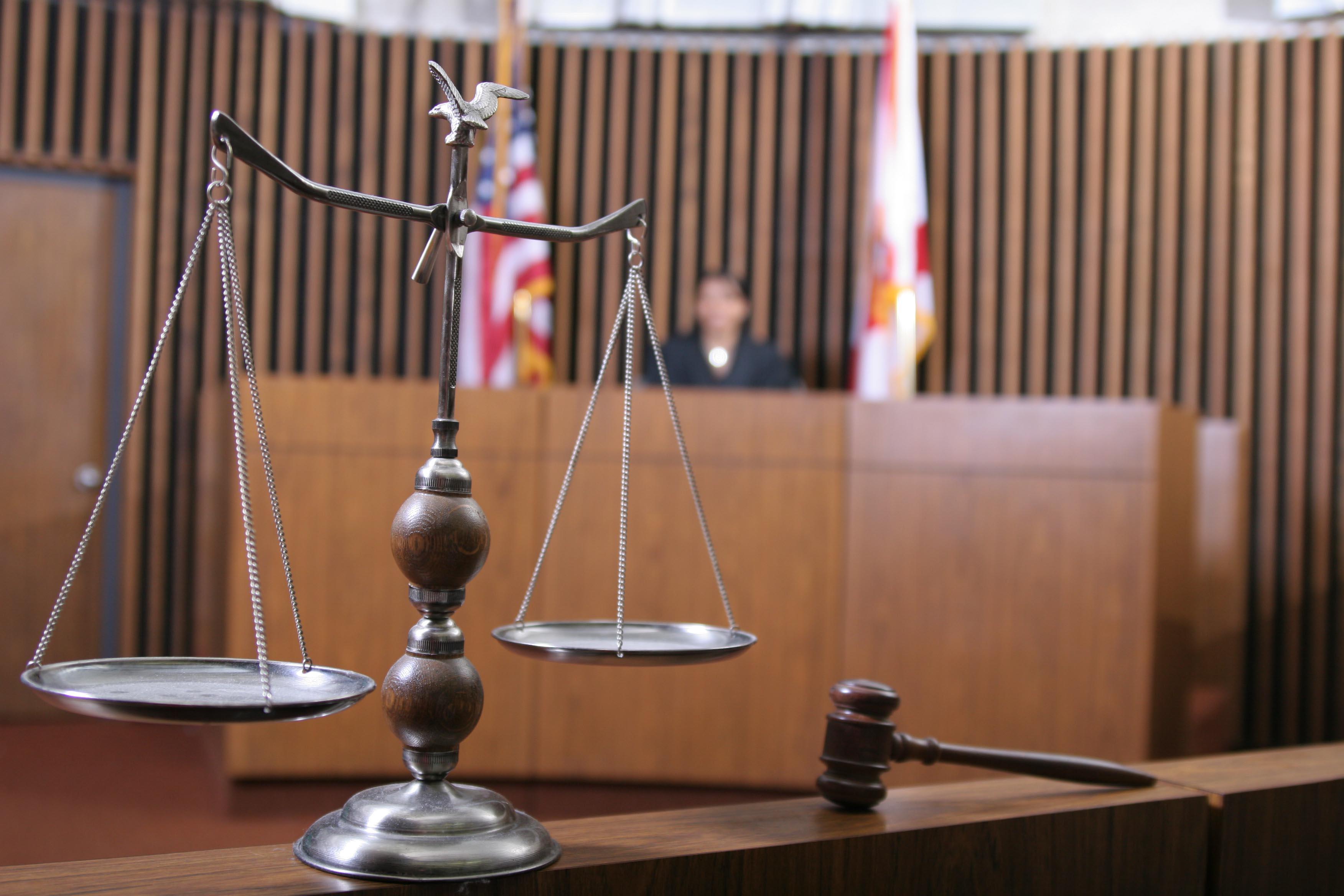 Kam reikalingi advokatai?