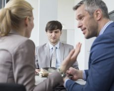 Kaip verslininkams atrasti tinkamą darbuotoją?