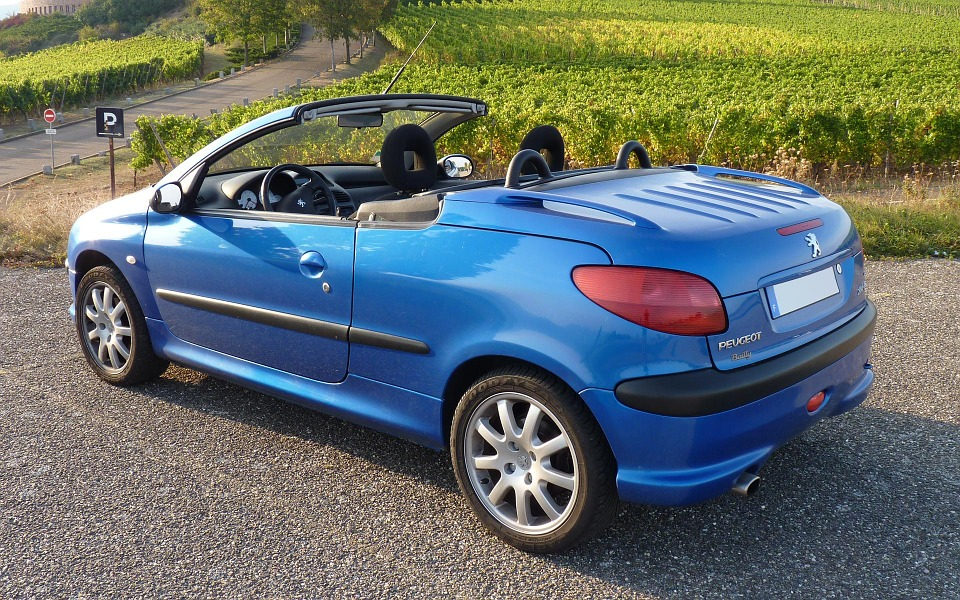 Peugeot automobiliu dalys